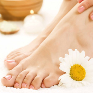 Лечение натоптышей на ступнях при помощи мази