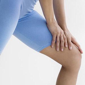 Почему ощущается боль в ногах от бедра до колена